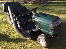 Craftsman ride on lawnmower 38 inch Jimboomba Logan Area Preview