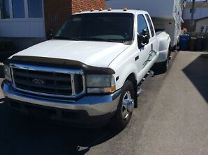 CAMION FORD F350 XLT