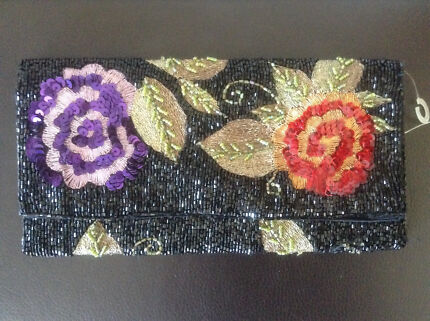 Lovely sequinned purse Coolangatta Gold Coast South Preview