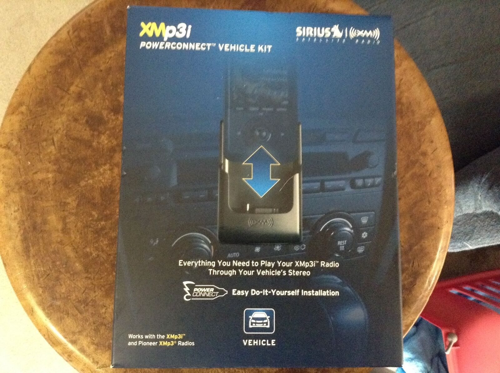 NEW SEALED AudioVox sirius XM XAPV2 PowerConnect car Vehicle Kit XMp3i xmp3