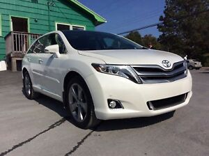 2016 Toyota Venza LIMITED AWD WITH LEATHER, SUNROOF, NAVIGATION