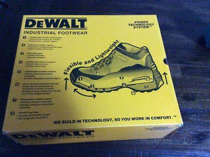 Dewalt industrial boots Maitland Maitland Area Preview