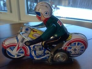 Vintage tin wind up motorcycle    CHECK OUT MY OTHER ADS