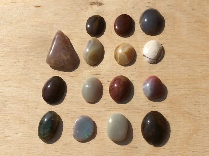 Polished Opal/ Agate/ Labradorite Stones for Jewellery Making