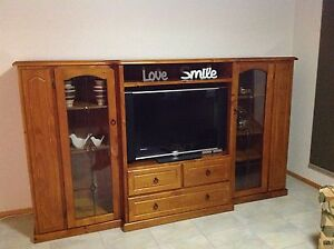 Wall unit Tarleton Latrobe Area Preview