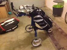 Wilson w-31 right handed golf set, complete with buggy Kilburn Port Adelaide Area Preview