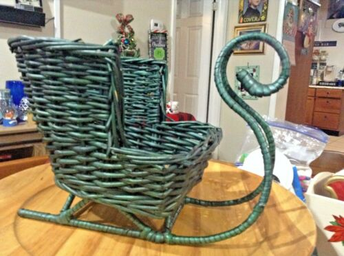 big chunky Wicker over metal santa Sleigh Basket Christmas Holidays Crafts heavy