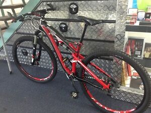 SPECIALIZED FSR EXPERT EVO MOUNTAIN BIKE