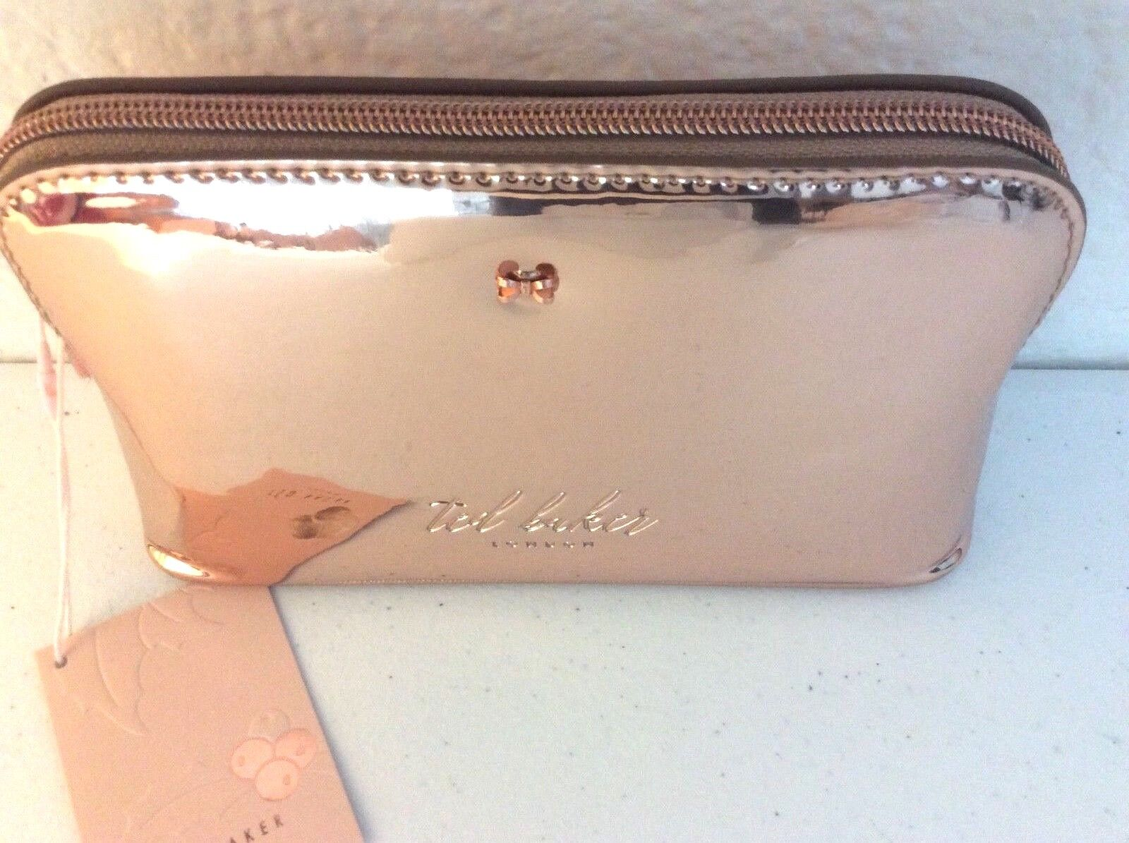 e06554efd ... NWT Ted Baker London Lindsay Mirrored Make-Up Cosmetics Wash Bag Rose  Gold фото