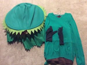Venues Fly Trap costume