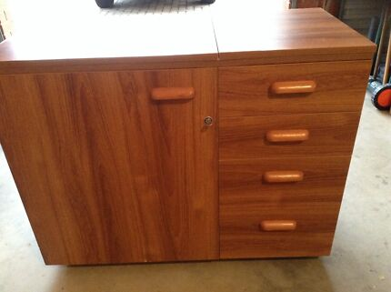 Sewing Cabinet  Gulfview Heights Salisbury Area Preview