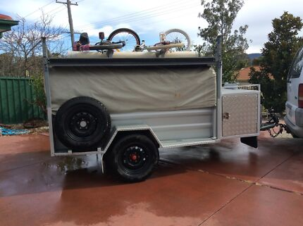 Camper trailer  Ellalong Cessnock Area Preview