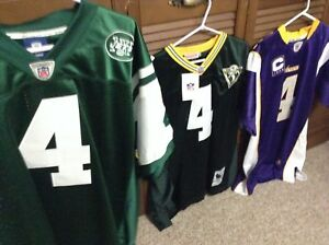 Green Bay Packers Brett Favre NFL Jerseys. (brand New)