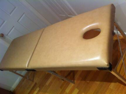 Portable massage table Sutherland Sutherland Area Preview