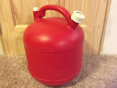Eagle Vintage 5 Gallon Red Plastic Gas Can Model Pg-5