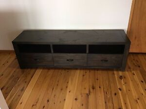 TV cabinet Marks Point Lake Macquarie Area Preview