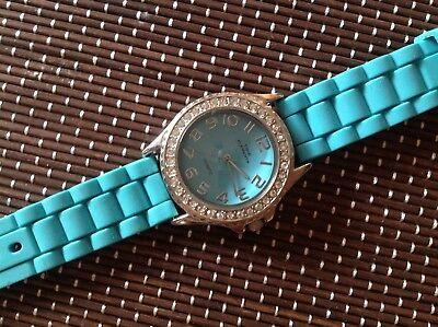 Time Elements Damen Uhr sehr schönes Model
