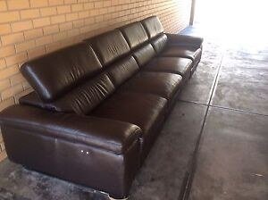 LEATHER / POWER MODULAR LOUNGE Glenelg Holdfast Bay Preview