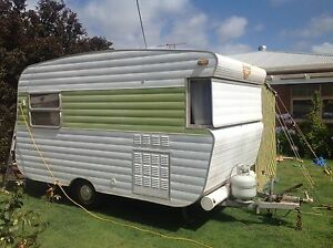 Retro caravan Oaklands Park Marion Area Preview