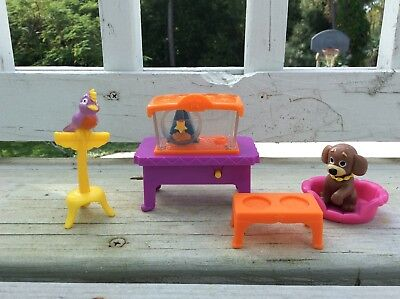 Dora the Explorer Dora's Talking House Pet Room Set Dog Bird Hamster VHTF!