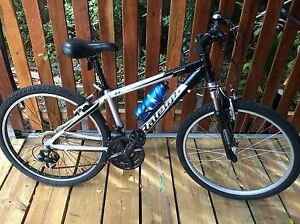 Mens or women's Small frame mountain bike Raleigh shimano gears Noosa Heads Noosa Area Preview
