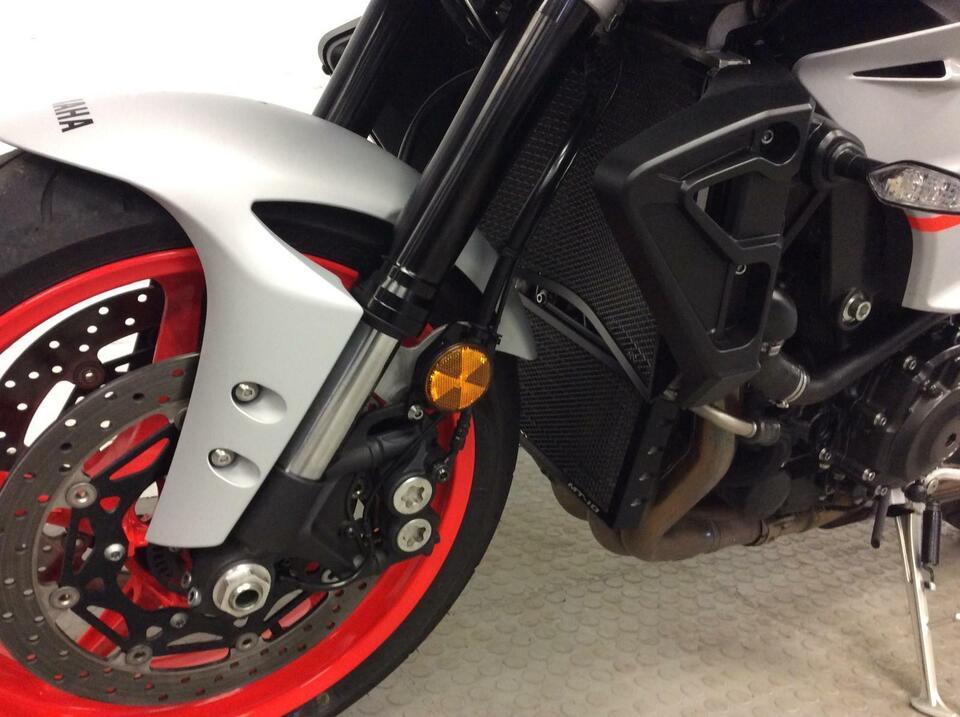 Yamaha MT10 MT 10 2019 / 19 Ice Fluo 2019 Model - Fantastic condition