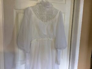 1980's wedding dress and accessories