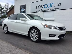 2015 Honda Accord Touring LEATHER, SUNROOF, NAV, BACKUP CAM!!