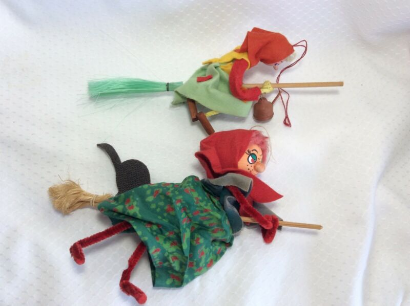 Vintage Lot of 2 Halloween Witches Pipe Cleaner Legs Black Cat Decorations