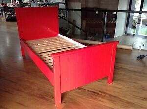 Single bed frame Lysterfield South Casey Area Preview