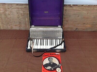 Vintage Honer Lakeside Accordion in Case
