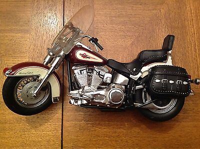 Harley Davidson Heritage Softail Classic 1:10 Model Motorcycle Franklin Mint