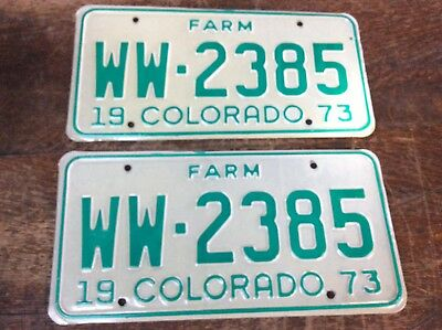 PAIR MATCHING 1973 COLORADO FARM LICENSE PLATES WW-2385