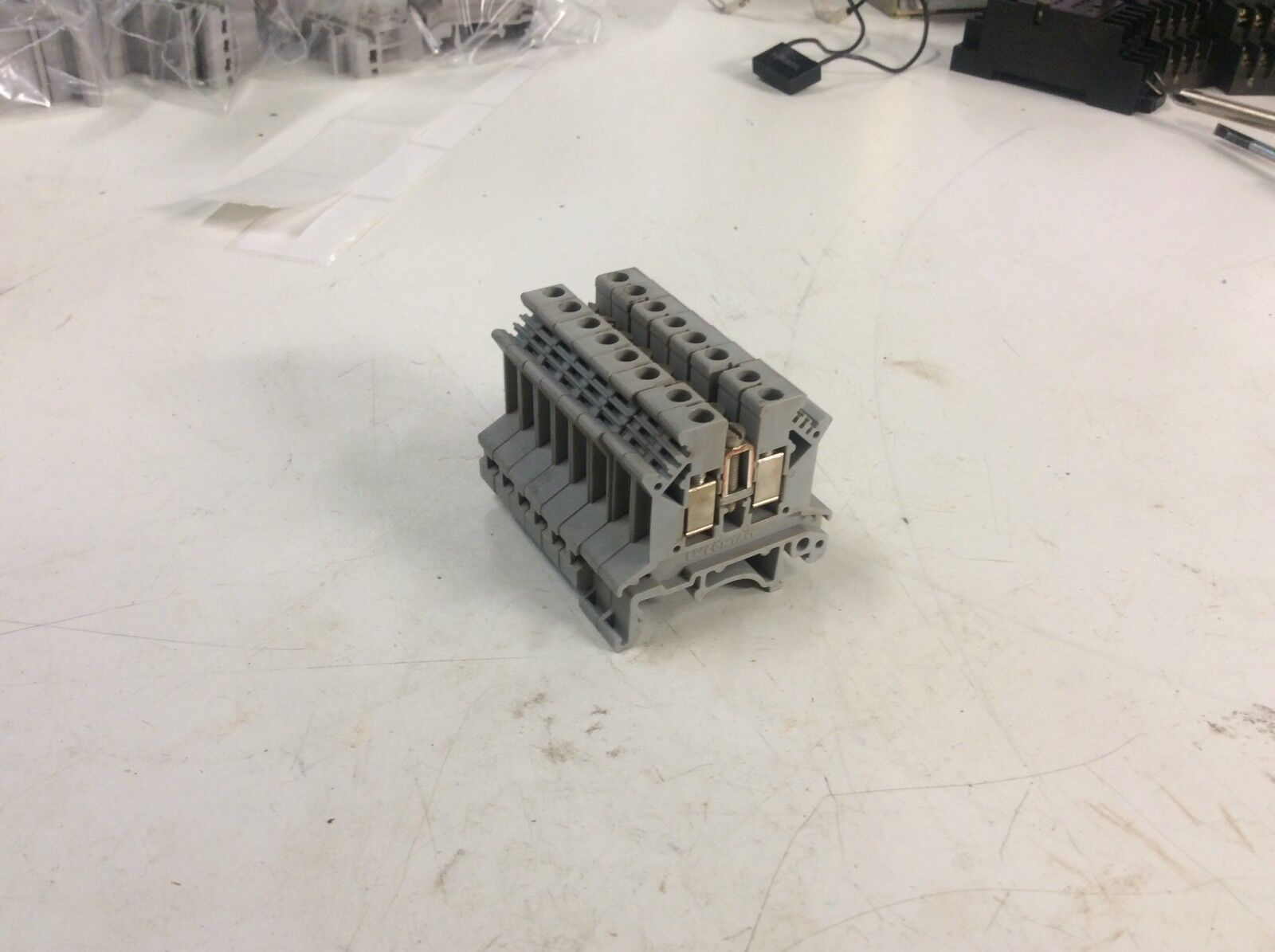 Lot of 8 - Phoenix Contact Typ UK2,5B Terminal Blocks, Used, Warranty