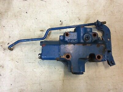 1993-1998 Ford New Holland 1210 1215 1220 Tractor Hydraulic Valve