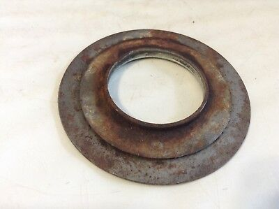 526415 - A Used Bearing Shield For A New Idea 5406 5407 5408 5409 5410 Mower