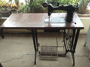 Singer Antique Industrial Sewing Machine Table Rothwell Redcliffe Area Preview