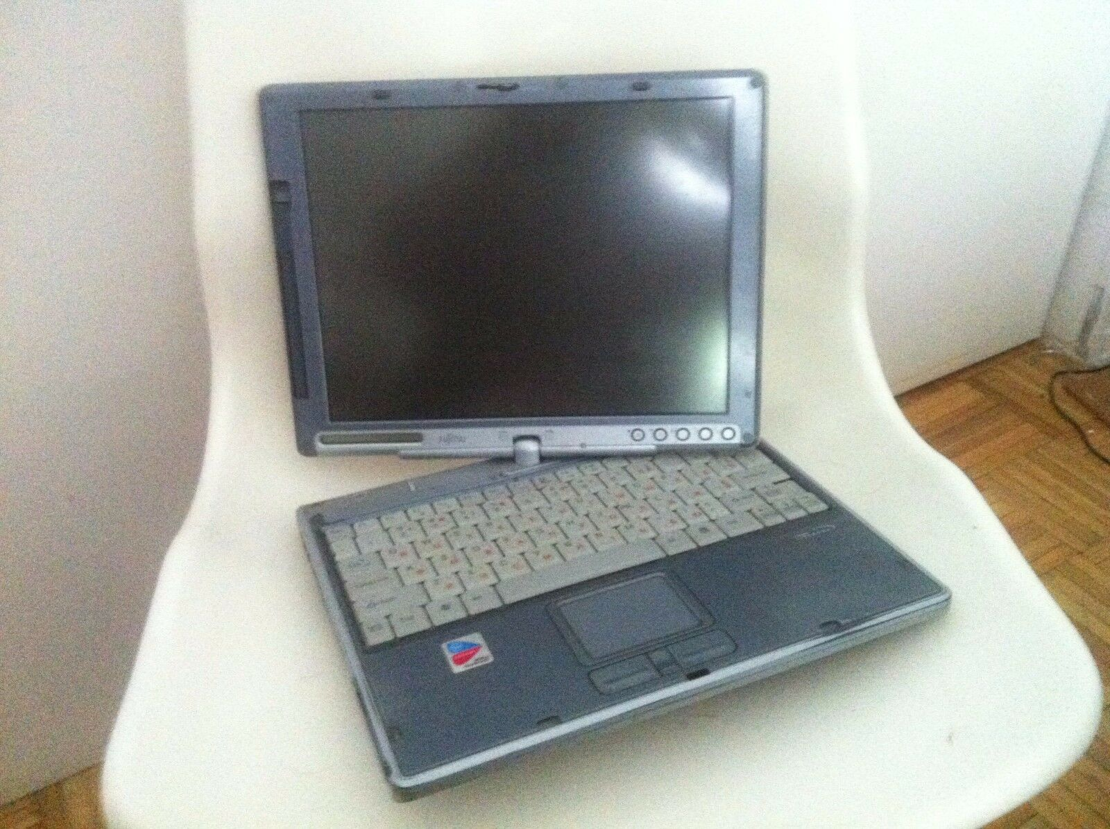 Fujitsu Lifebook T Series  T3010 Convertable Tablet PC  Laptop Notebook