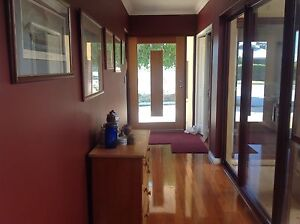 Lovely house close to everything and includes some meals Bayswater Bayswater Area Preview