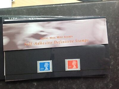 1997  Definitive Pack 37 --------- Self adhesive defintives