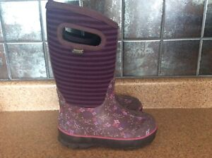 Bogs - toddler size 11, exc. cond.
