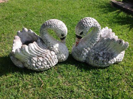 Pair of vintage swan concrete planters  Bassendean Bassendean Area Preview