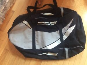 Goalie Pad bag and neck guard