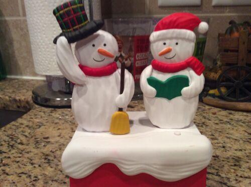 Hallmark Keepsake Snow Many Memories CHRISTMAS CAROLING SNOWMEN Music & Motion