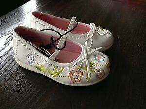 New with tags size 6 shoes St. John's Newfoundland image 1