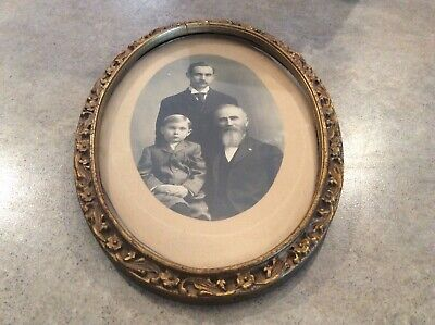 Bright SILVERY frame made from resin with Antique Patina for Oval photos