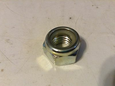 R3020202 - A New Lock Nut For A New Idea 4210 4217 4227 4240 4264 Tedders.