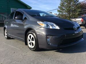 2014 Toyota Prius PRIUS 5DR WITH AIR CONDITION - SAVE ON FUEL TO