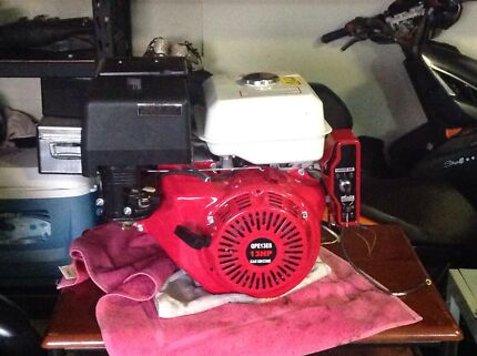 Honda gx390 clone 13HP  Mount Low Townsville Surrounds Preview