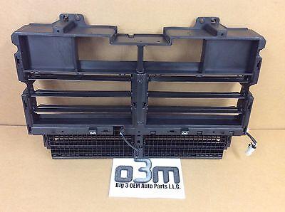2015-2019 GMC Canyon Chevrolet Colorado Front Bumper Grille Shutter new OEM Chevrolet Colorado Gmc Canyon